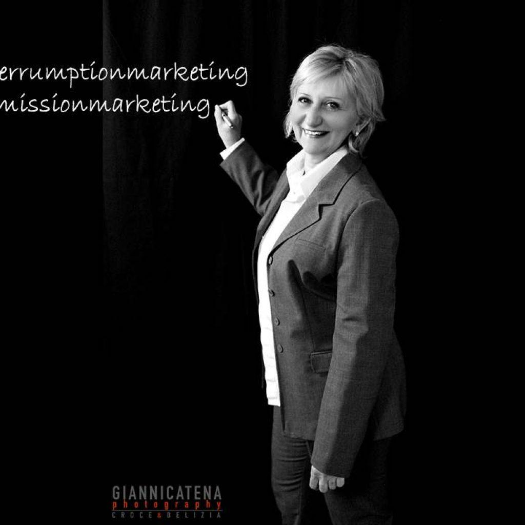 permission marketing e interruption marketing
